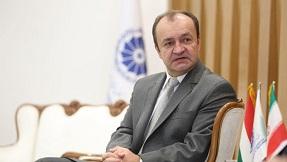تشکر سفیر محترم مجارستان جناب آقای یانوش کوواچ از مدیر عامل محترم مارینا پارک هتل کیش